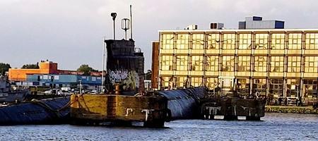 Submarino intervenido en el NDSM