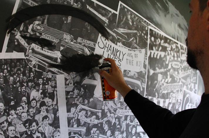 Fútbol y graffitis en Liverpoll