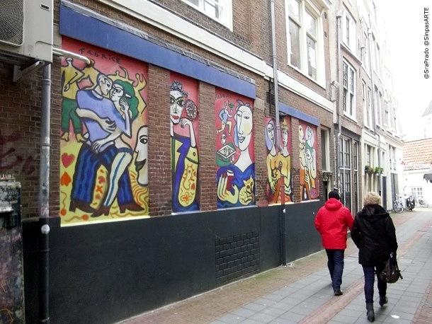 Street-walk-graffity-Amsterdam-1