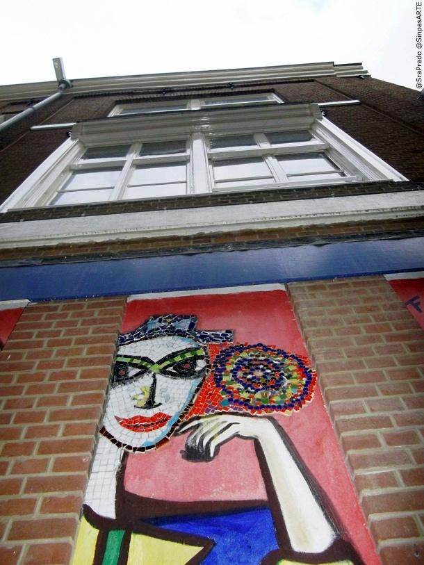 Street-walk-graffity-Amsterdam-5