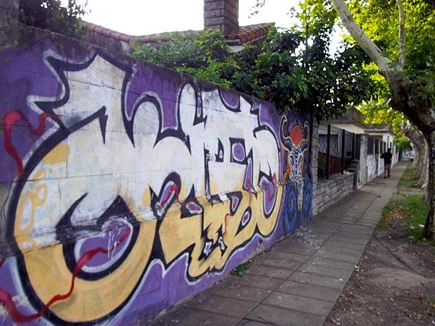 Graffiti de barrio Merlo