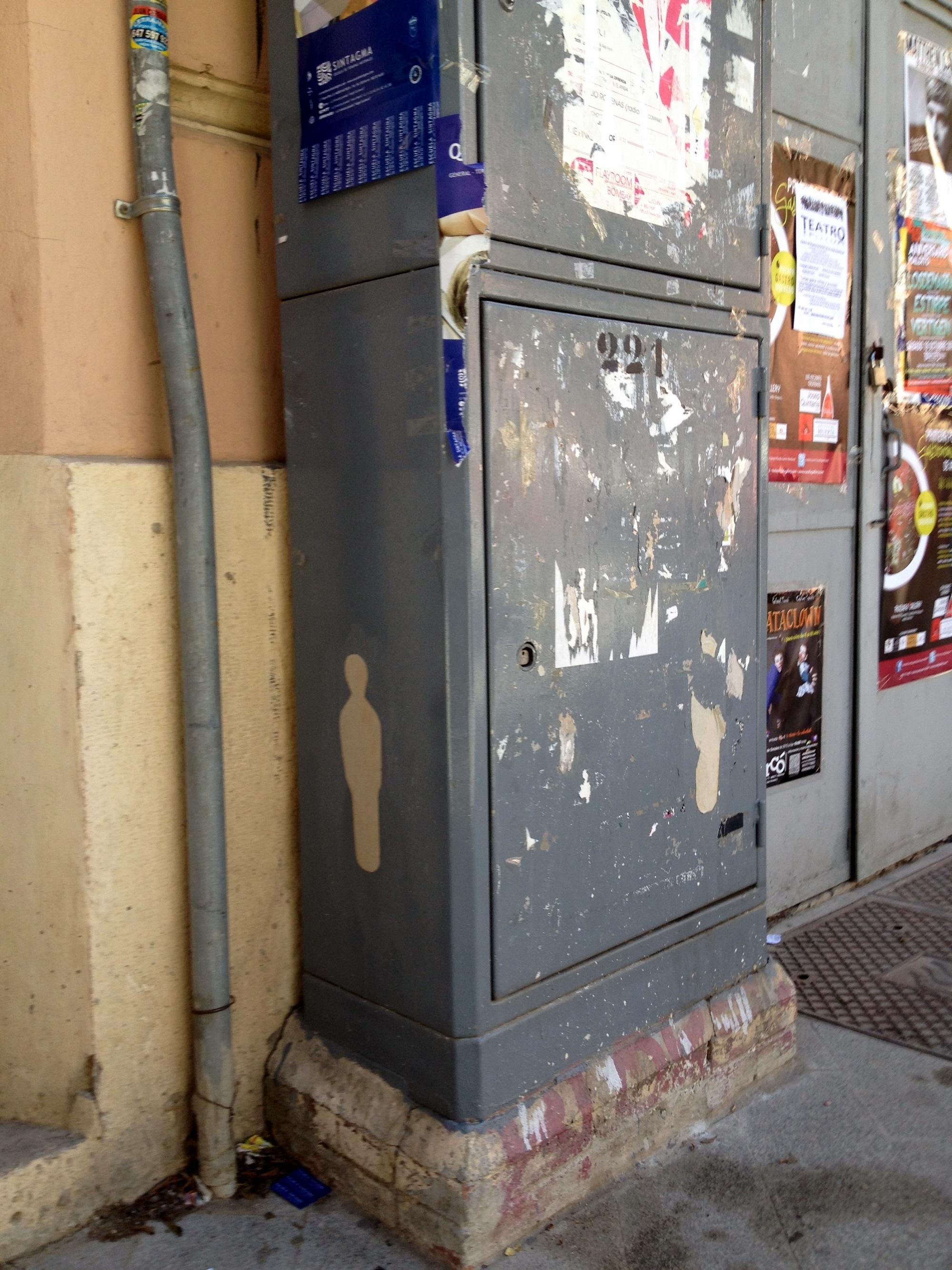 Siluetas-Valencia-streetart-sinpasarte-06