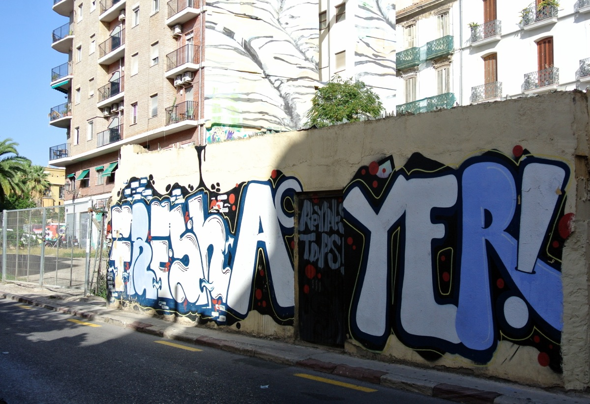 Graffitis y más graffitis