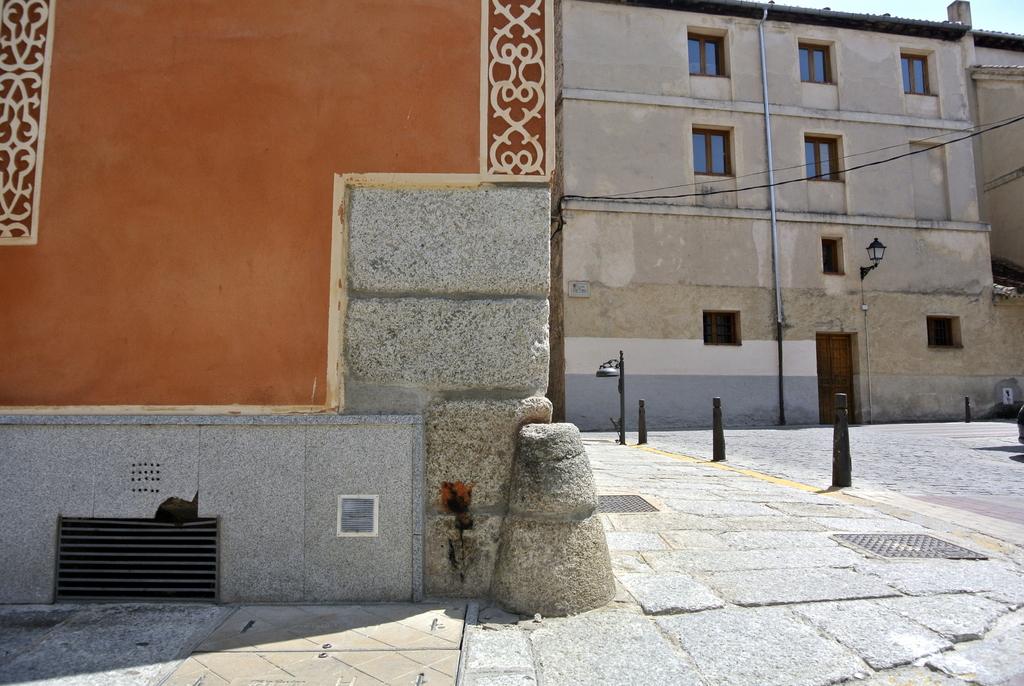 10-SinPasarte-StreetArt-LaGranja-Segovia-009