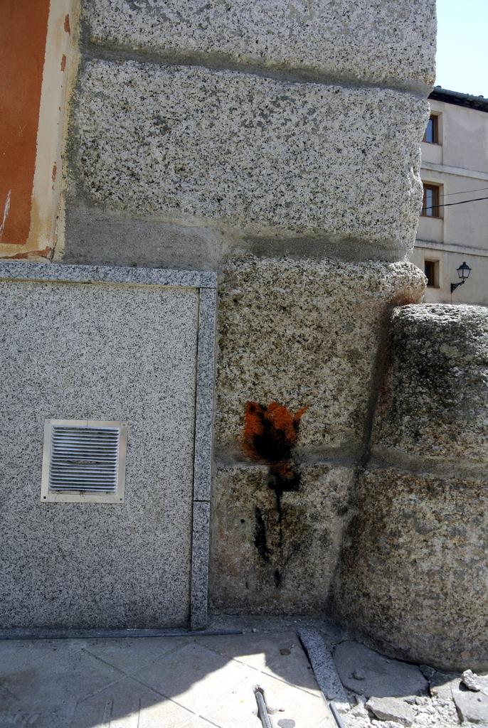 11-SinPasarte-StreetArt-LaGranja-Segovia-010