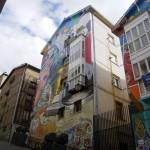 Vitoria-Gasteiz, la ciudad pintada: Conjunto muralístico Eskuz Esku