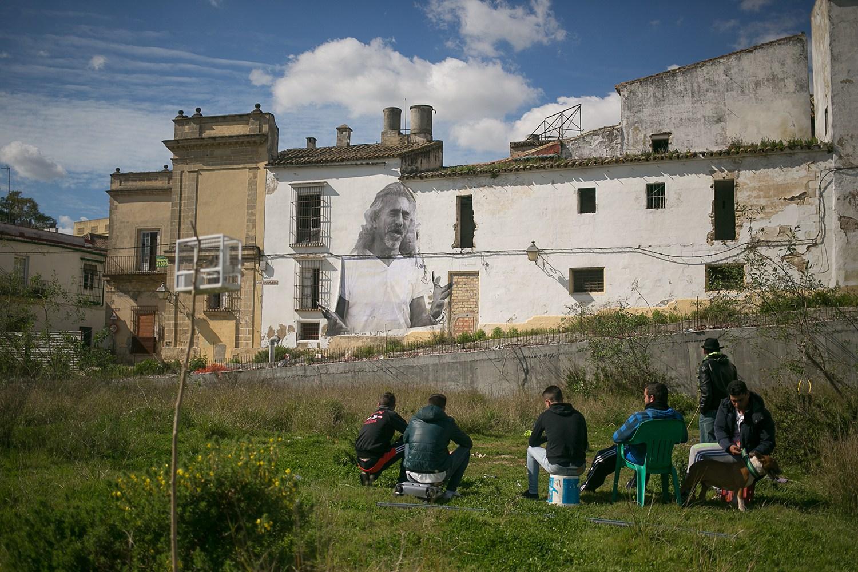 Proyecto Presencias: Solar de la ciudad del Flamenco con Capullo de Jerez.